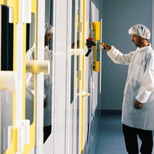 Genopole - un campus biotechnologique et équipements de pointe